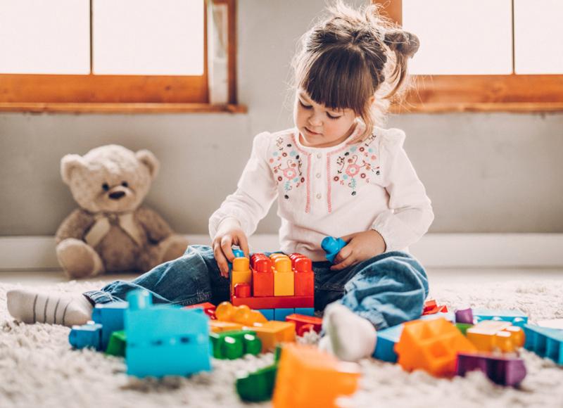 Кога и как да научим детето да подрежда стаята си